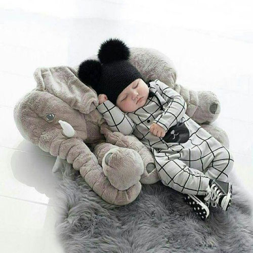 عروسک فیل خوابیده